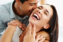 Frases para hacer reír a una mujer